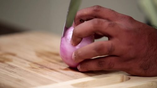How To Cut Onions Like A Pro - Different Ways To Chop An Onion - Basic Cooking