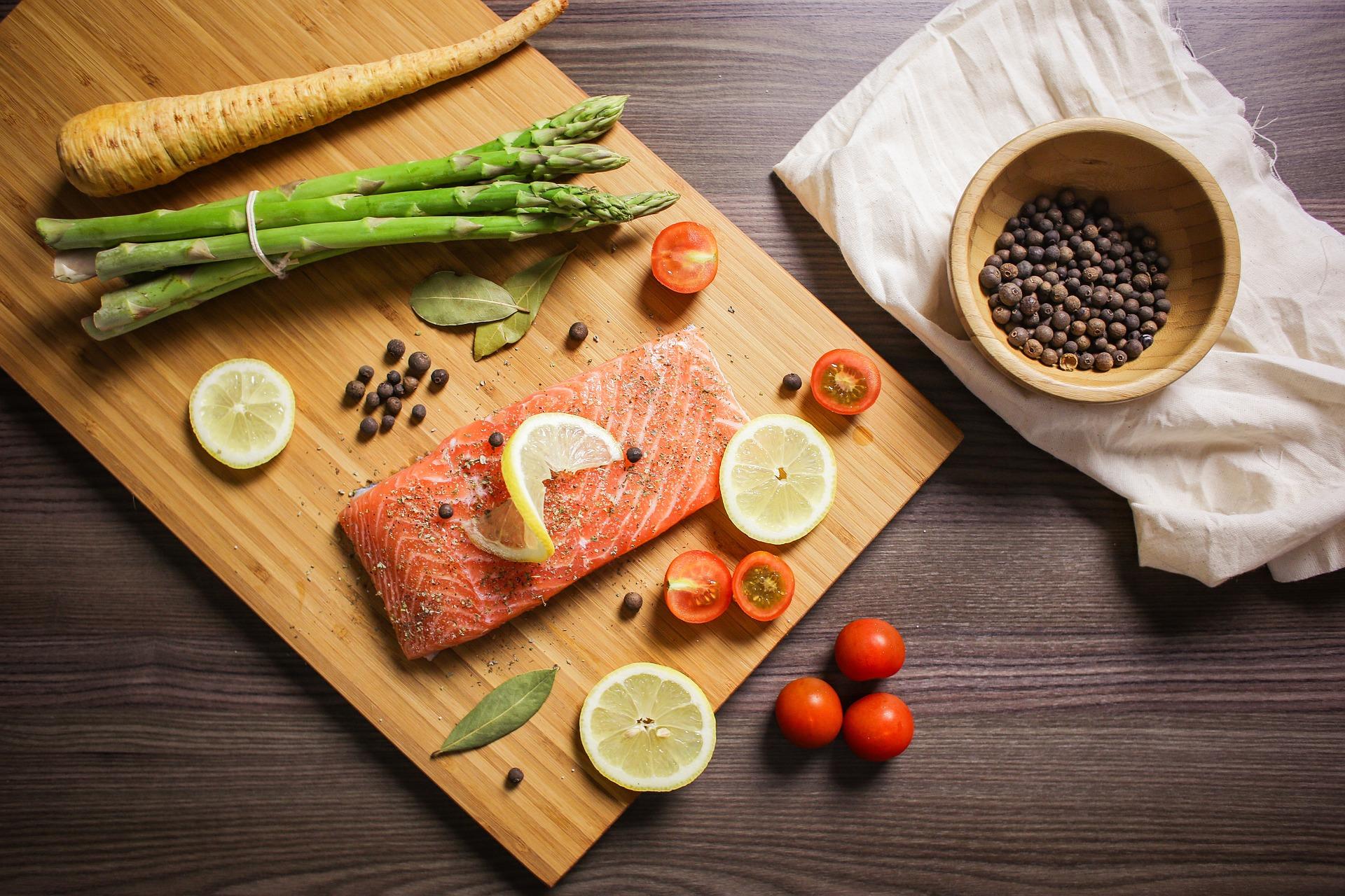 Salmon Cutting