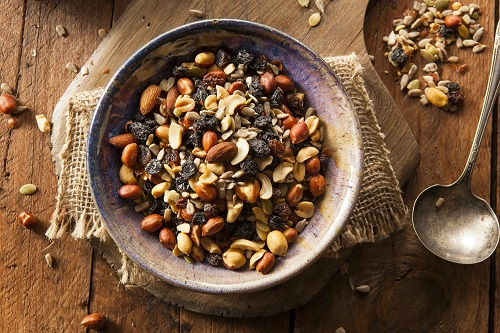 Trail-Mix-Snack-Image-1.jpg